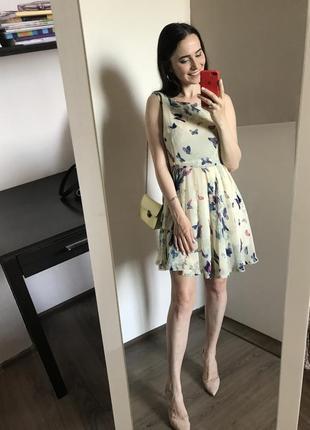 Милое платье мини