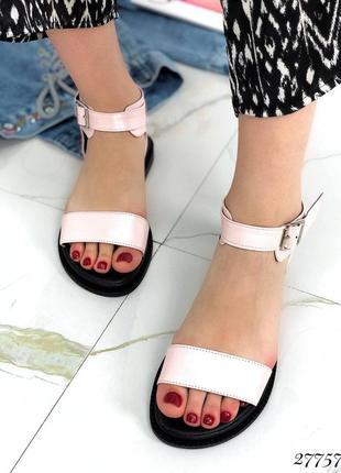 Стильные удобные босоножки, хит сезона, актуальная модель, сандали натуральная кожа