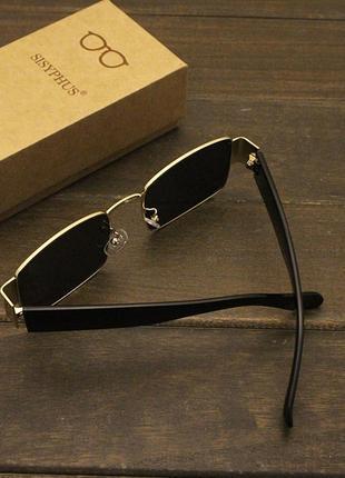 Широкие солнцезащитные очки маска квадратные женские черные стеклянные  в золотой оправе3 фото