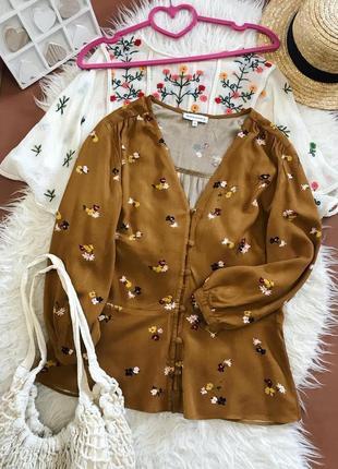 Красивая горчичная блуза из вискозы в винтажном стиле в цветочный принт