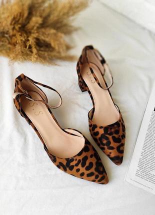 Новые черные лео туфли босоножки