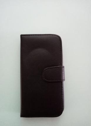 Чехол для телефона чёрного цвета из экокожи