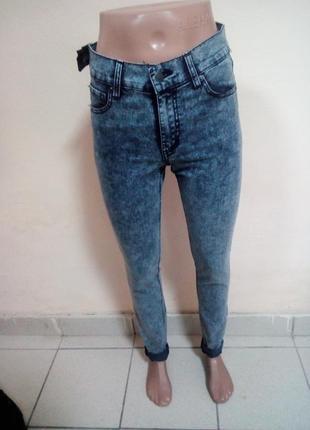 Женские джинсы 28 размер