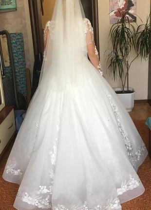 Свадебное платье! у меня на страничке вещи от 40 грн!!!! заходите!