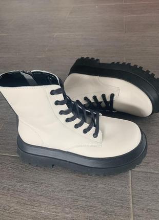 Новые ботинки zara из новой коллекции