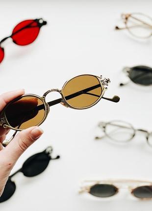 Солнцезащитные овальные имиджевые очки