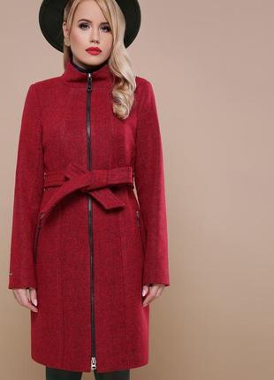 Бордовое пальто на молнии