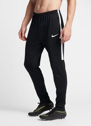 Спортивные штаны nike dri fit tech fleece с лампасами спортивки