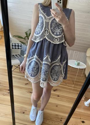 Шикарное летнее платье с ажурной вышивкой