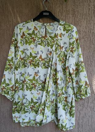 Красивая блуза с бабочками бабал next