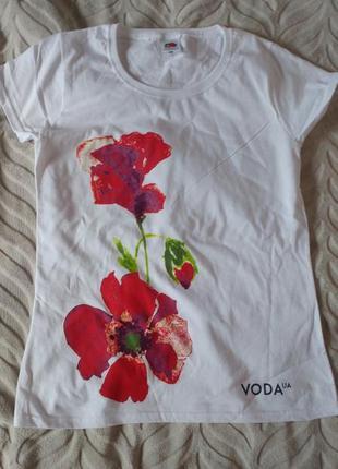 Красивая футболка fruit of the loom