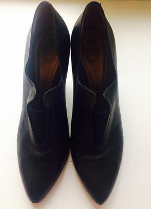 Шикарные туфли bally