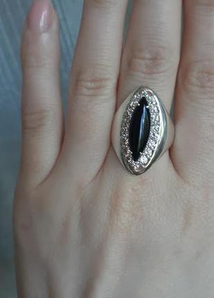 Серебряное  кольцо  с ониксом   гефест 19 раз
