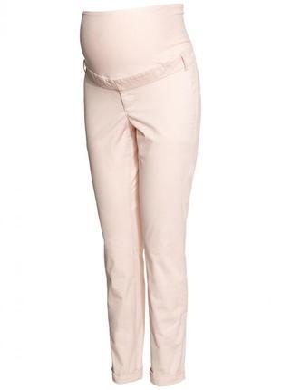 Чиносы для беременных h&m 0244765017 розового цвета