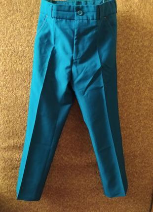 Шкільні штани та жилетка для хлопчика amado
