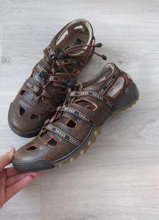 Steel , кожаные сандали