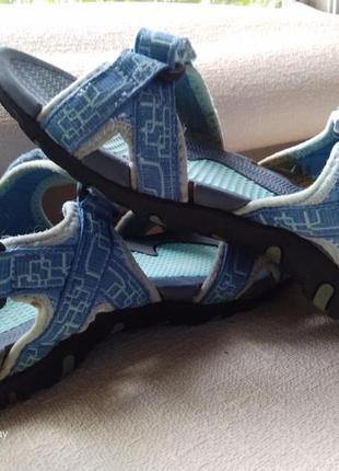 Босоножки сандали на липучках-39,5-40-40,5