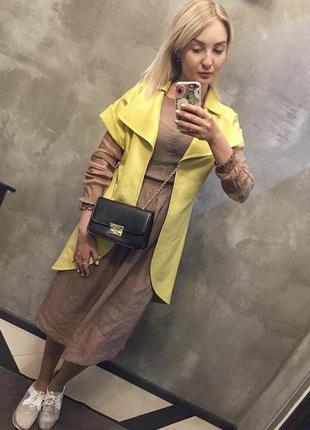 Жакет жилет удлиннённый лимонного цвета на короткий рукав