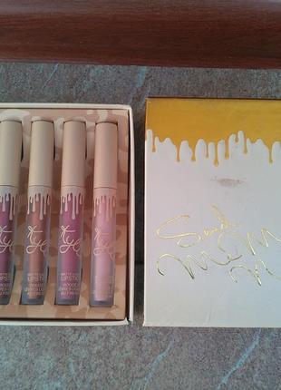 Набір помад kylie matte liquid lipstick send me more nudes [сша] (водостойкие)