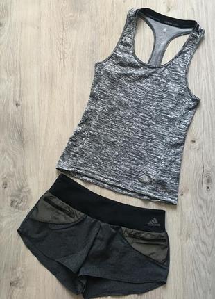 Комплект adidas/ спортивные шорты и майка adidas