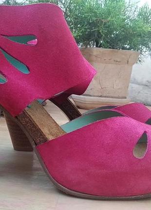 Фуксиевые ярко-розовые босоножки на высоком каблуке prima замша