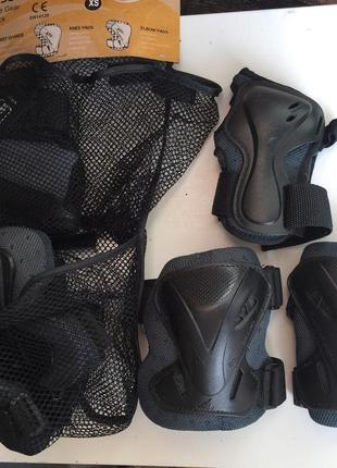 Комплект спортивного захисту:наколінники, налокотники, захист зап'ястя rollerblade