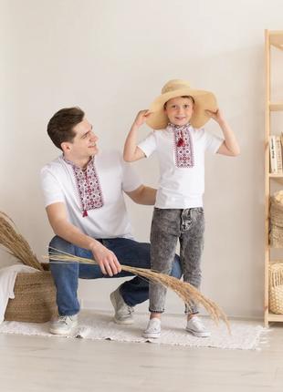 Парна трикотажна вишиванка футболка з орнаментом