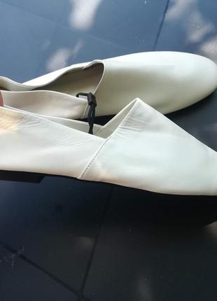 Zara шкіряні туфлі