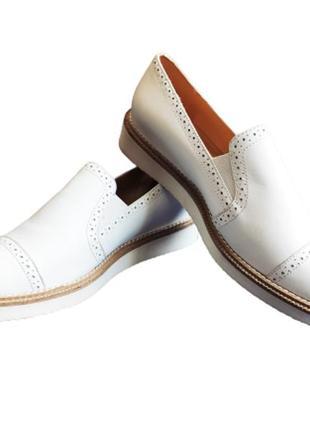 Туфли женские лоферы кожаные белые kiomi