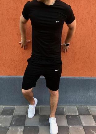 Комплект 3 в 1 футболка + шорты + кепка качество супер