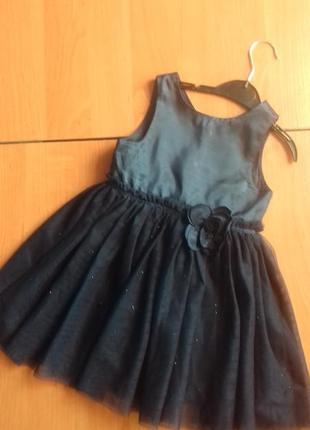 Нарядное платье для девочки 2-х лет.