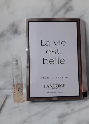 Пробник la vie est belle lancome парфюмированная вода