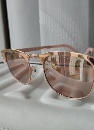 Солнцезащитные очки new look женские
