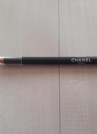 Продам карандаш для глаз.