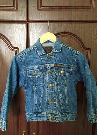 Джінсова куртка