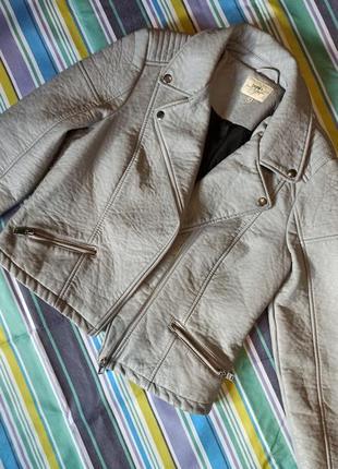 Серая косуха кожанка куртка из эко кожи