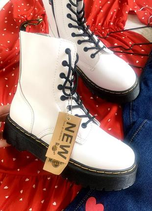 Нові ботинки прошиті, шкіряні , висока підошва, в стилі dr. martens