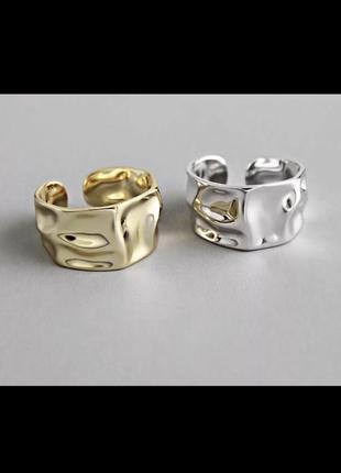 Трендовые серебряные кольца 925 пробы