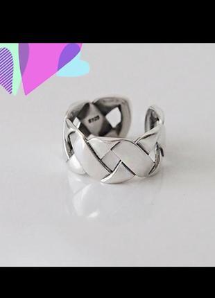 Стильное серебряное кольцо 925 пробы