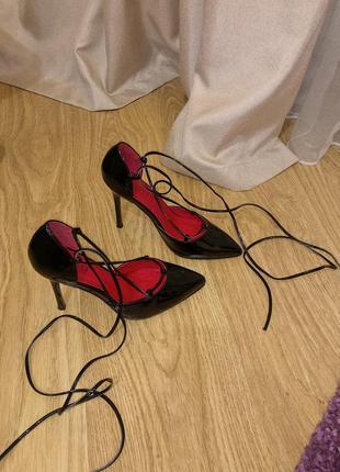 Лодочки на шпильке, туфли на шпильке