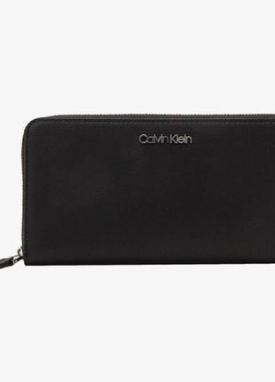 Оригинальный черный женский кошелёк клатч calvin klein; новый в упаковке; оригинал
