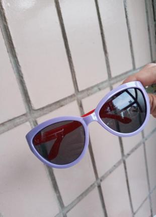 Крутые сиреневые с красными дужками очки для девочки кошки лисички стиль одри хепбёрн