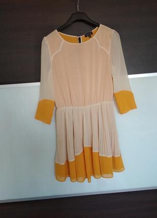 Актуальное летнее шифоновое платье плиссе topshop