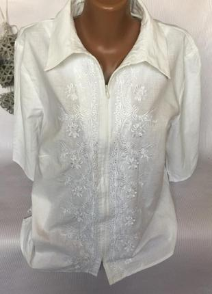 Нежная рубашка блуза на замке с вышивкой , лён 55%
