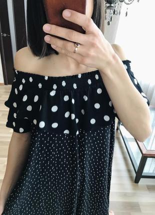 Очень красивое легкое платье в горох от new look.