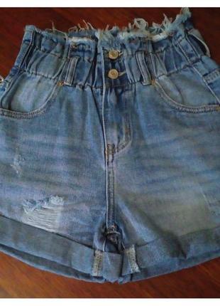 Джинсовые голубые  шорты багги на резинке с подворотом рваные, шорты джинс резинка