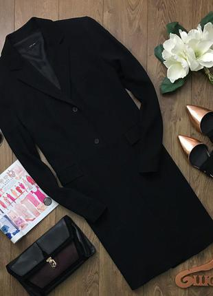 Классическое пальто прямого кроя с узкими лацканами    zara