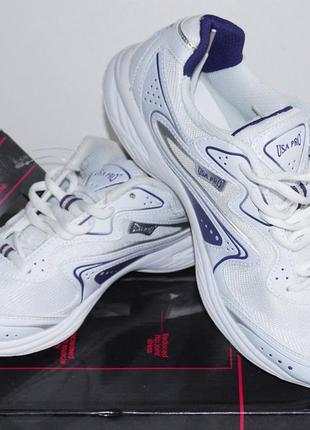 Фирменные кроссовки usa pro для занятий фитнесом в зале