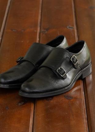 Крутые классические туфли reserved