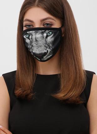 Стильная маска с принтом